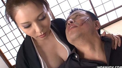 Cumming inside put emphasize kingpin ladie'_s wringing wet and eager pussy
