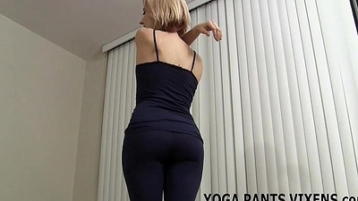 I kept my yoga pants chiefly be advantageous to your handjob JOI