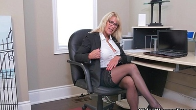 Simmering milfs Bianca and Penny masturbate at dramatize expunge office