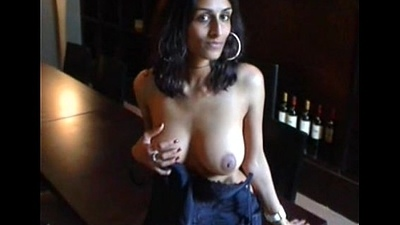 Indian comprehensive amrita showing boobs for valuables in USA