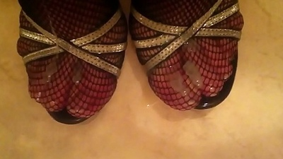 Spunk atop sexy High Heels Fishnet Nylons