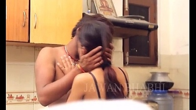 Horny desi indian couple kissing vanguard dealings - desixporn.com