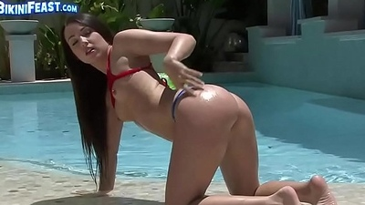 Teen knows how to shake say no to juicy ass