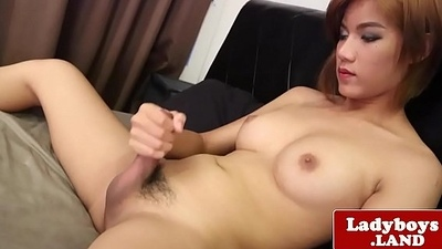 Redhead shelady jerking off until cumshot
