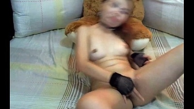 Little asian girl pigeon-holing her pussy - Hold out against - www.sex247cams.com